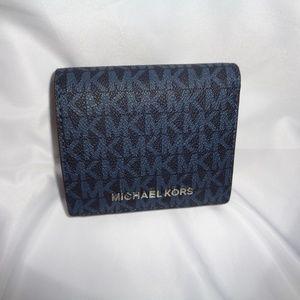 MICHAEL KORS JET SET TRAVEL CARRYALL CARD CASE